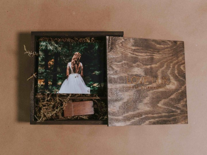 Love Lux Films – Our vintage wedding wooden box – Montreal Wedding Video