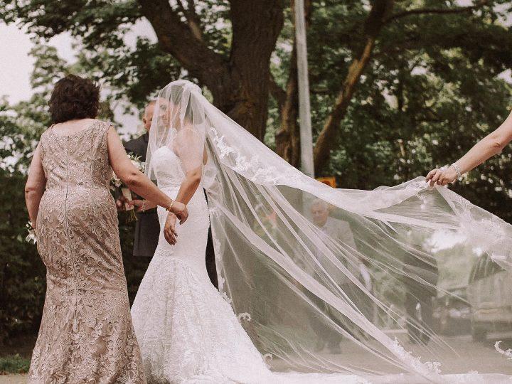 Love Lux Films – Mariella & Iskander – Montreal Wedding Film